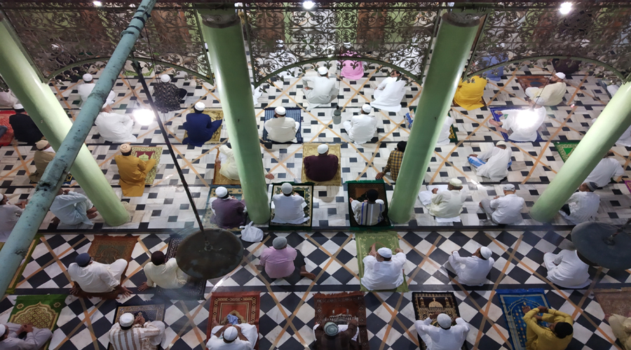 Eid ul-Adha: Devotees offer prayers at mosques, many stay at home over fears of coronavirus