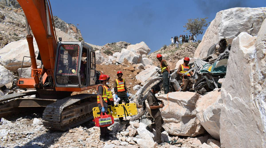 19 Pakistani miners killed, many others feared trapped after rockslide