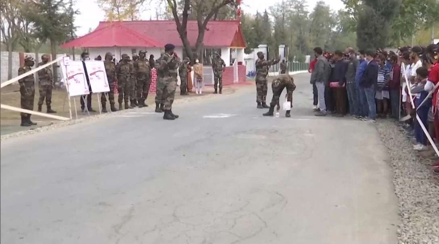Kashmiri youth participate in Run for Fun and Walkathon organised by Indian Army