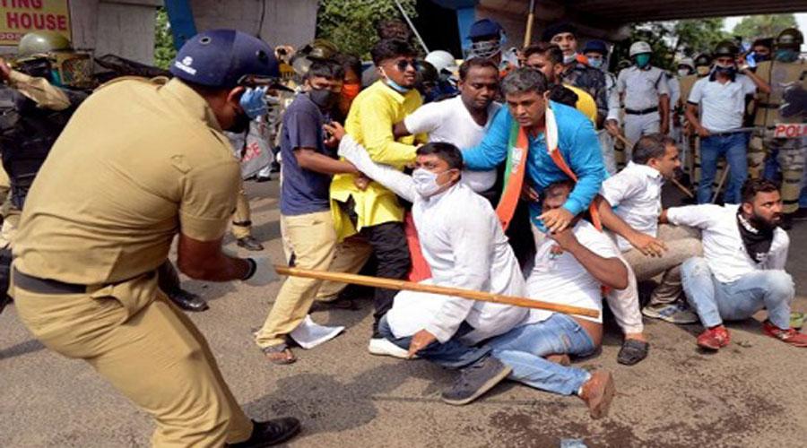 West Bengal Police lathi-charged on Bharatiya Janata Party (BJP) workers