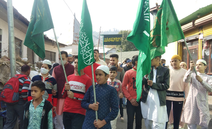 Eid Milad-un-Nabi celebrated with religious fervour, gaiety in Kashmir