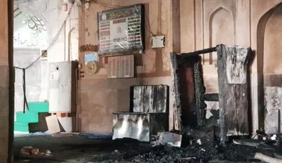 J&K: Fire partially damages historic Pathar Masjid in Srinagar