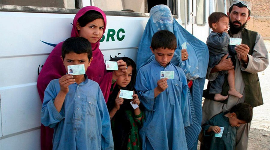 Pakistan cancels 2 lakh fake citizen ID cards held by Afghan refugees