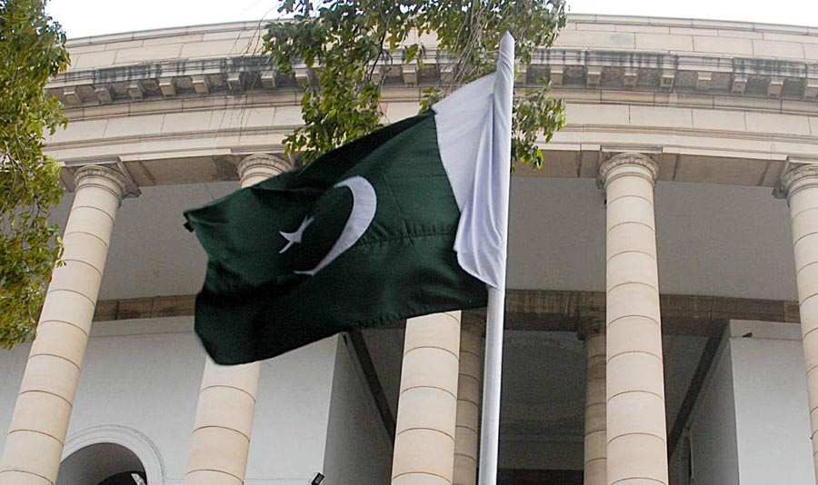 Will Pakistan suceed to get out of Gray list after court decisions against banned outfits