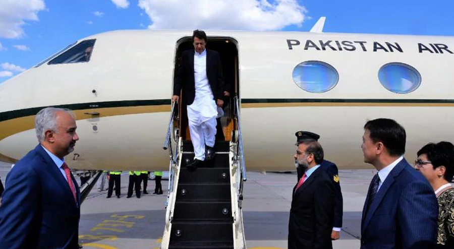 India allows Imran Khan's plane to fly over its airspace during Sri Lanka visit