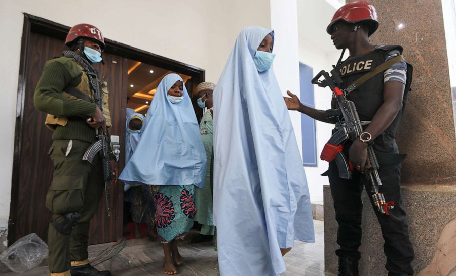 Nigeria: kidnapped 247 schoolgirls released