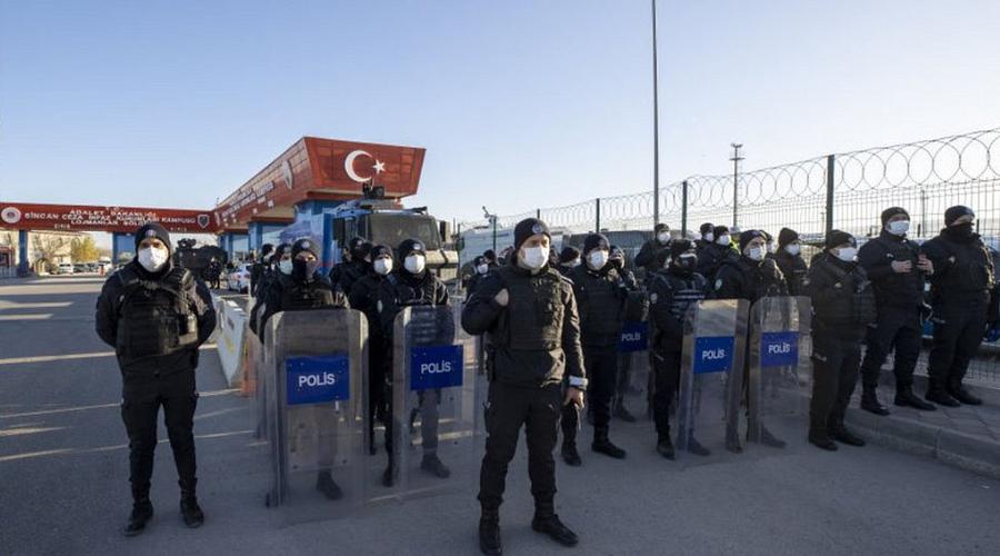 Failed coup attempt :Turkey jails 14 pilots