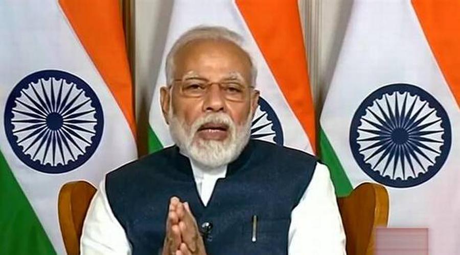 Do not play politics in dealing coronavirus;Says PM Modi