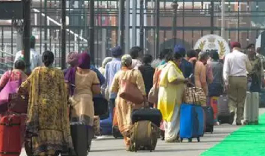 Indian Sikh jatha stuck due to unrest in Pak following arrest of Amir e Tehrik Labbaik