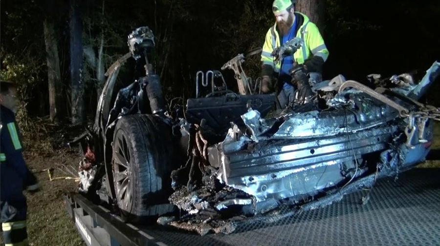 Two passengers killed in driverless Tesla Car crash