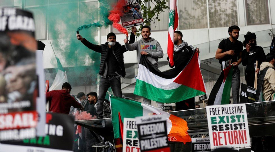 Thousands protest in London over Israel-Gaza violence