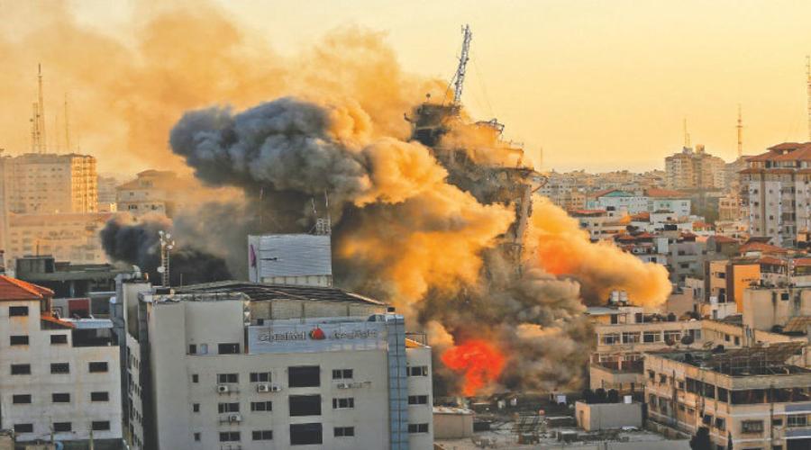 UN warns of 'full-scale war' amid Israel-Gaza violence