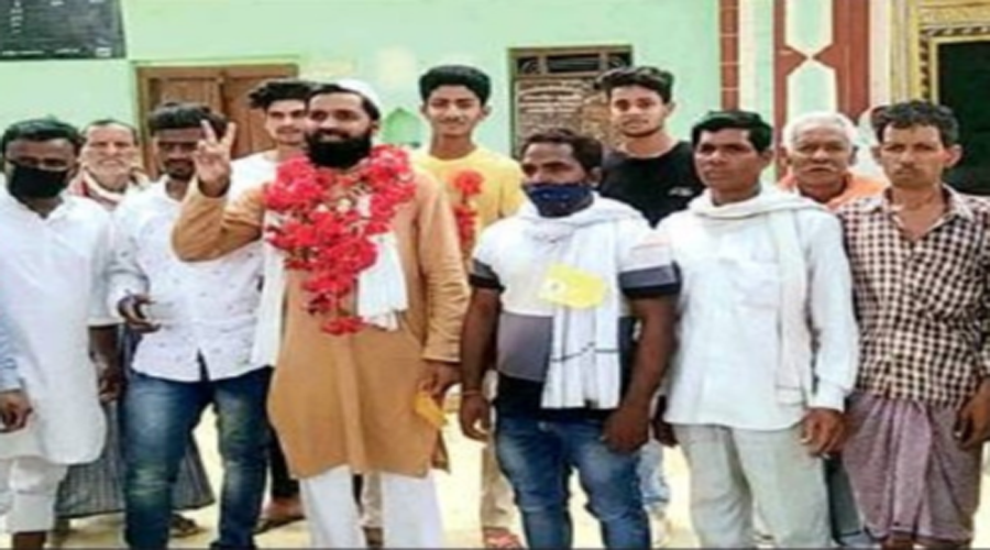 Hindu-majority Ayodhya village elects Muslim cleric its pradhan