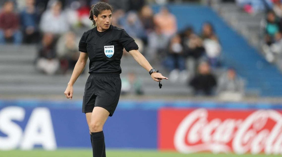 Who is the Palestinian Reem Hussein, in charge of refereeing the final of the Women's Champions League