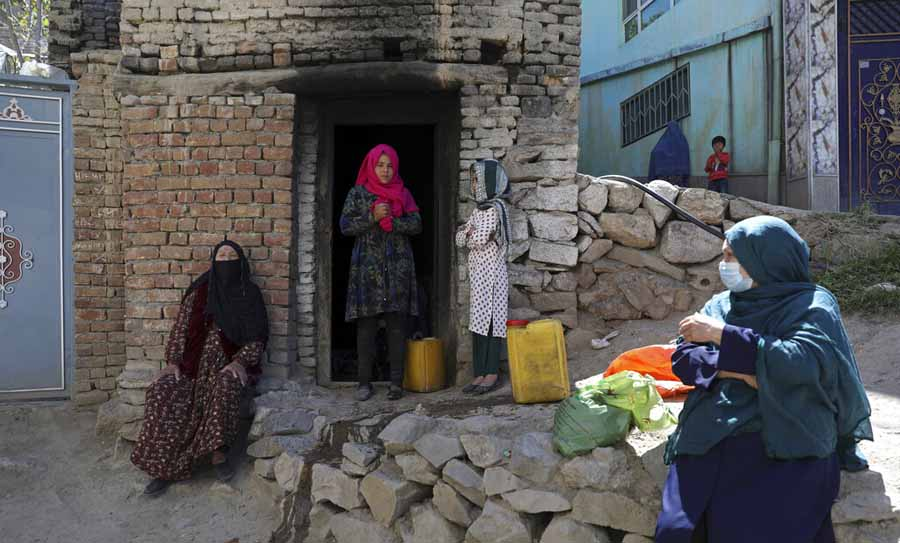 Young Afghanistan women, grown up without Taliban, dread their return