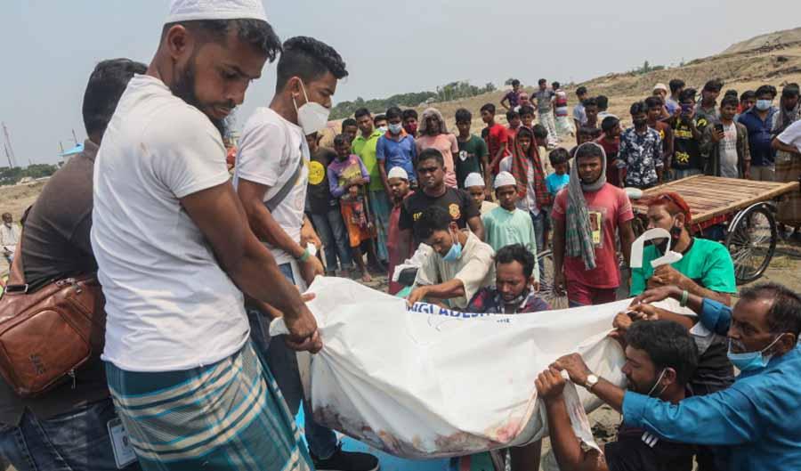 At least 26 killed in Bangladesh boat crash