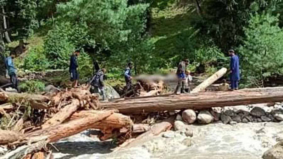 Four of family killed in cloudburst in Baramulla
