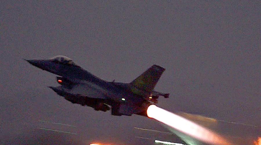 Unknown planes struck Iran militias hideouts in Syria again